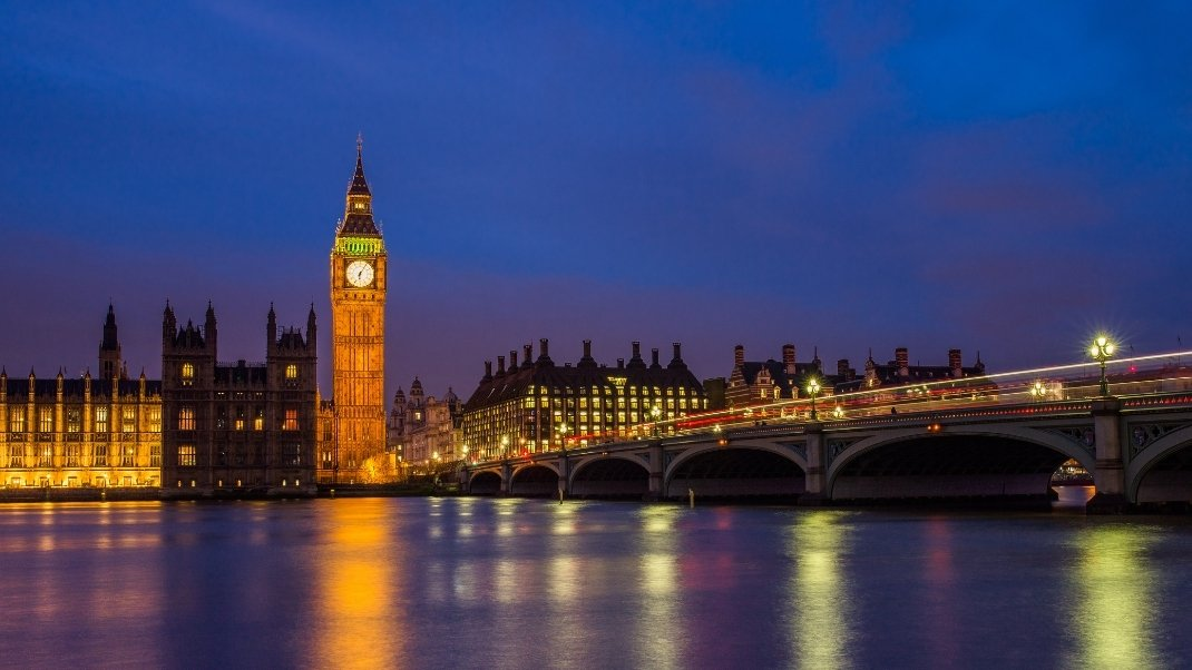 Serviced apartments near Westminster